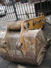 Ковш Hyundai Robex 1300 – 61E3-3203 – Bucket Assy – под ремонт